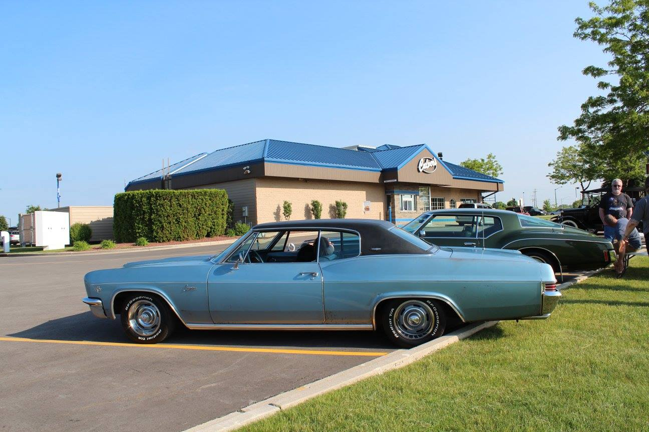 Classic Car CruiseIn Manitowoc Two Rivers Travel Information - Classic car cruise